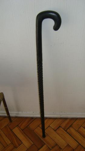 antiguo baston de madera traido de la india