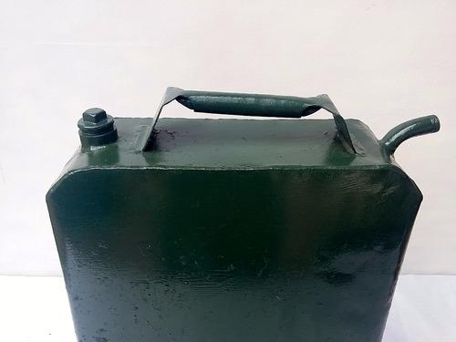 antiguo bidon nafta gasoil gran tamaño muy lindo!!!!