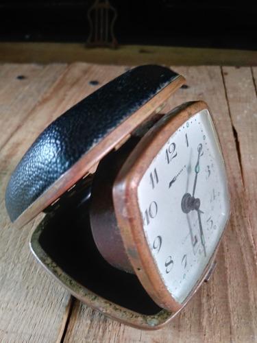 antiguo bolsillo reloj