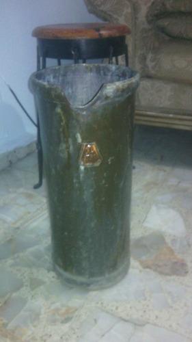 antiguo bote lechero (medida 10lts) excelentes condiciones