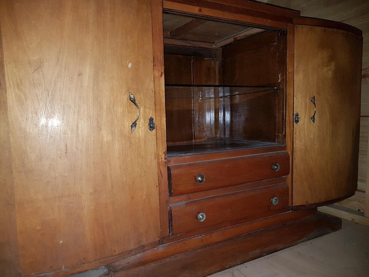 Restaurar muebles aparador mostrador a restaurar armario for Mercadillos de muebles antiguos