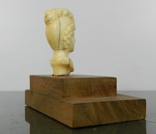 antiguo busto tallado labrado dama sobre base madera francia