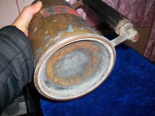 antiguo calentador en cobre, es únicamente para decoracion