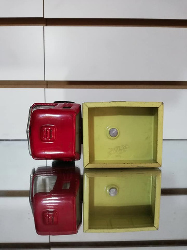 antiguo camion juguete rojo en hojalata japan retro