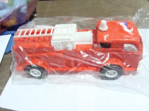 antiguo camioncito de bomberos de  plastico impala , 30 cm d