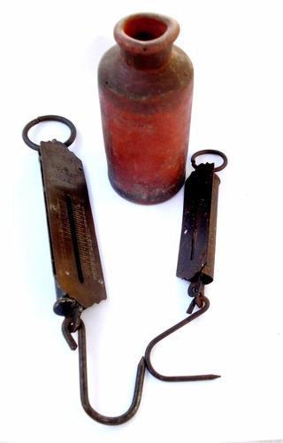 antiguo campo dos balanzas inglesas recipiente cerámica
