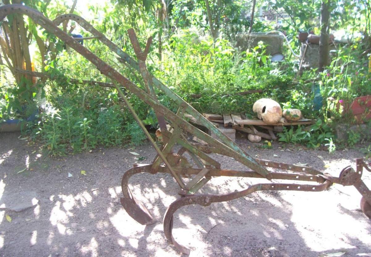 herramientas de campo antiguo carpidor herramienta de campo en