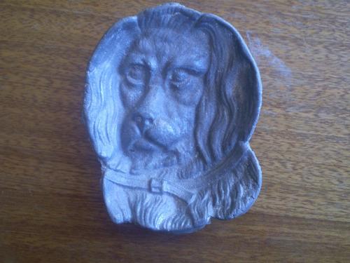 antiguo cenicero de peltre  figura leon (e2