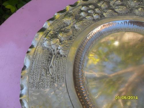 antiguo centro de mesa trabajado, martere, en plata richard