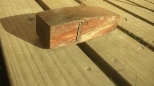antiguo cepillo garlopa de madera 20cmx11cmx6cm funcionando