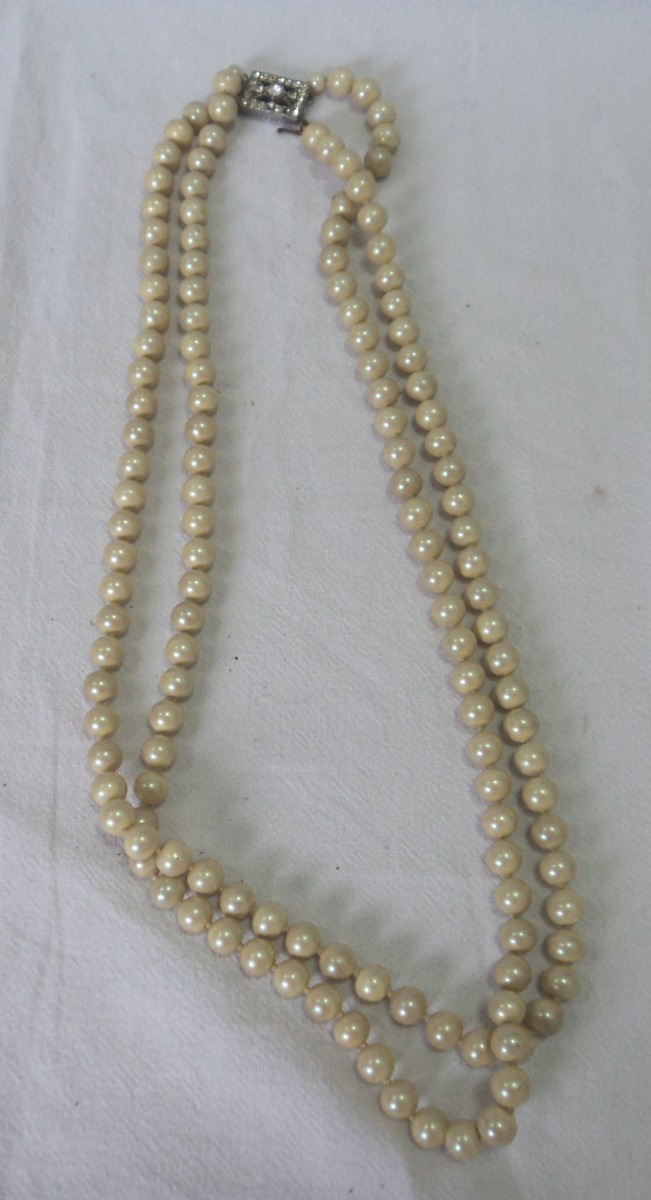 5b83f735ca99 antiguo collar vintage perlas fantasia broche rectangular. Cargando zoom.