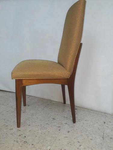 antiguo comedor de 1970, sillas tapizadas en seda