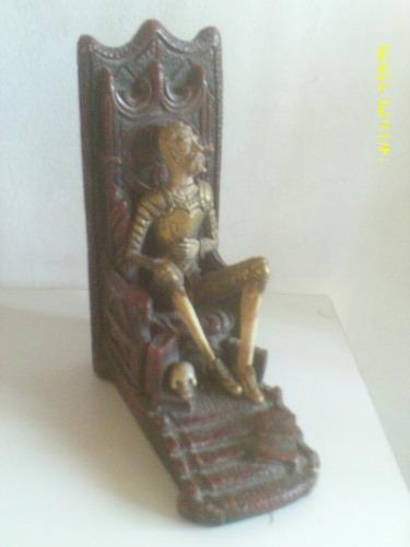 antiguo don quijote de terracota prensa libro de luis paez