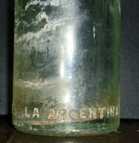 antiguo envase de gaseosa- miralo!!