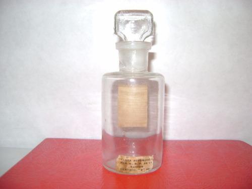 antiguo frasco de vidrio vacio colonia bagatelle..ind.. arg.