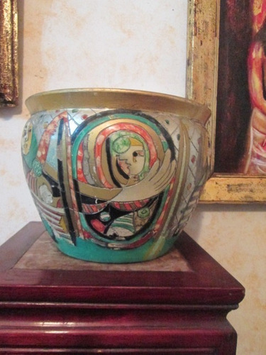 antiguo jarrón macetero pintado a mano