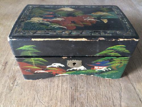 antiguo joyero caja musical lacada pintada a mano