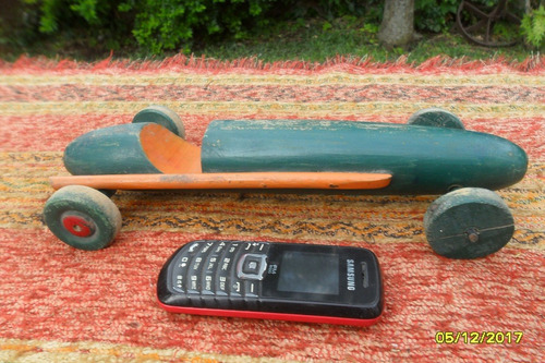 antiguo juguete auto bólido en madera artesanal formula 1