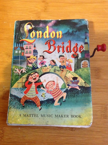 antiguo libro mattel con manivela, london bridge