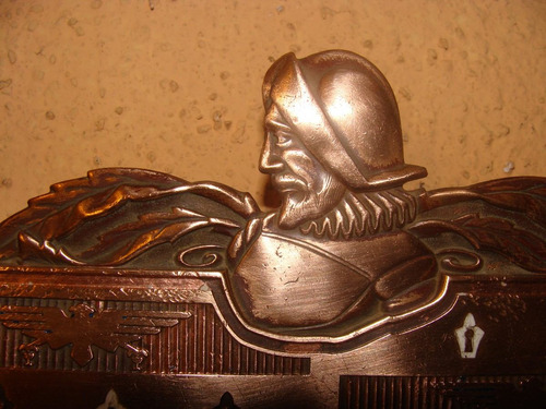 antiguo logo de cobre -mide 9x 20 cms