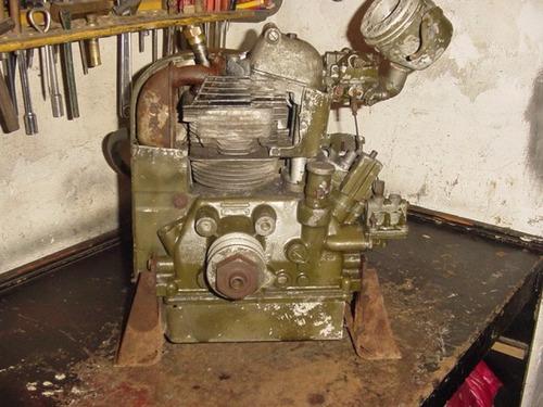 antiguo motor generador militar continental usa