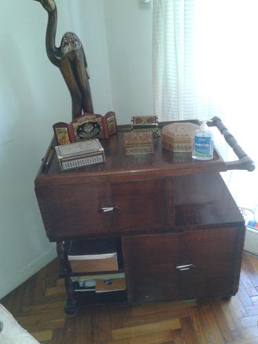 antiguo mueble bar