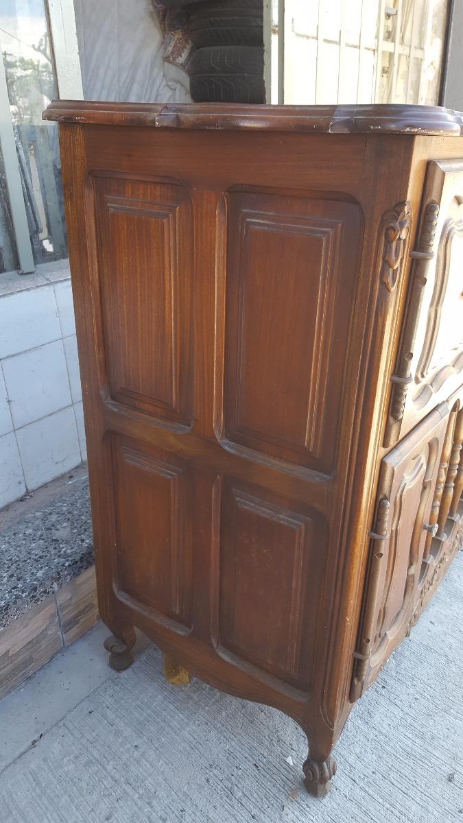 Antiguo Mueble Provenzal Musiquero Vacio 4 500 00 En Mercado Libre # Muebles Musiqueros Antiguos