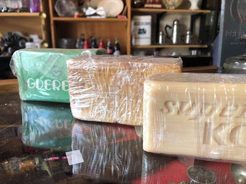antiguo pan de jabón de la marca seiseme