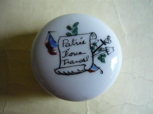 antiguo pastillero en porcelana francia 1° guerra, coleccion