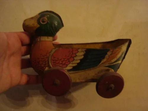 antiguo pato matarazzo de chapa litograf juguete de arrastre