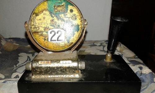 antiguo pisapapeles calendario japones