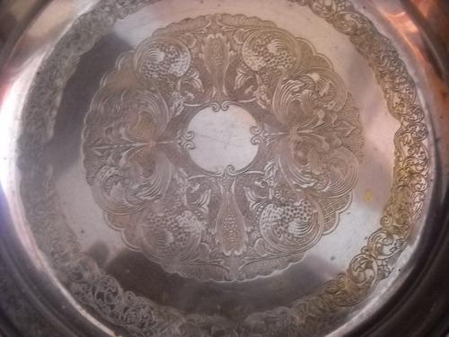 antiguo plato sellado