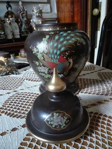 antiguo potiche de ceramica italiana.