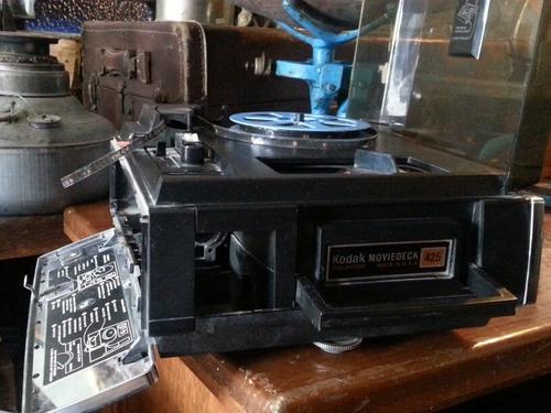 antiguo proyector de cine de 8 mm kodak