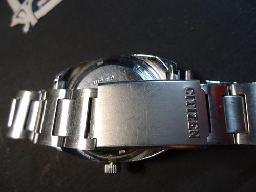 antiguo reloj citizen