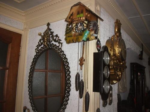 antiguo reloj cucú musical