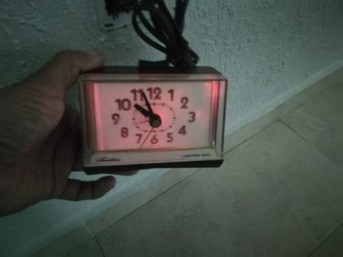 antiguo reloj despertador vintage usa