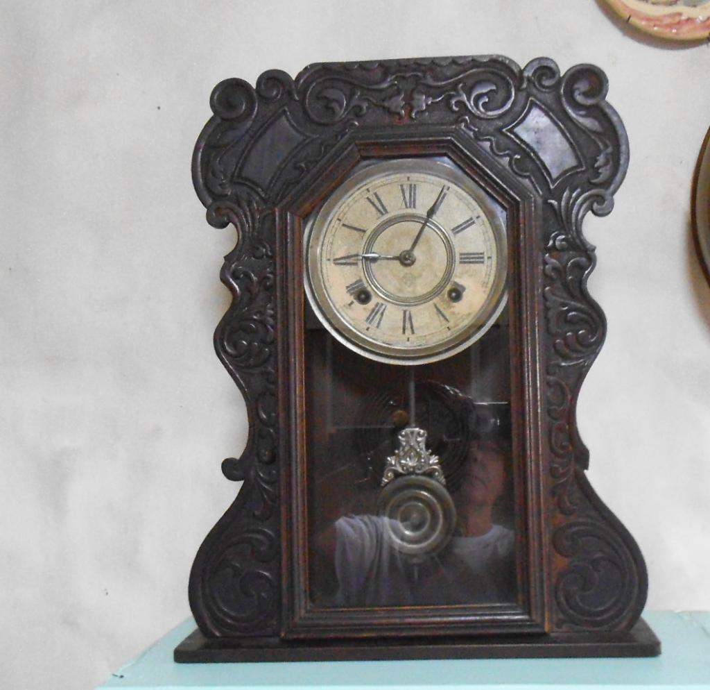 Relojes antiguos de pared for Relojes de pared antiguos de pendulo
