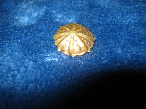 antiguo solapero de oro paraguita.