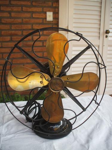 antiguo ventilador paleta de bronce funcionando...