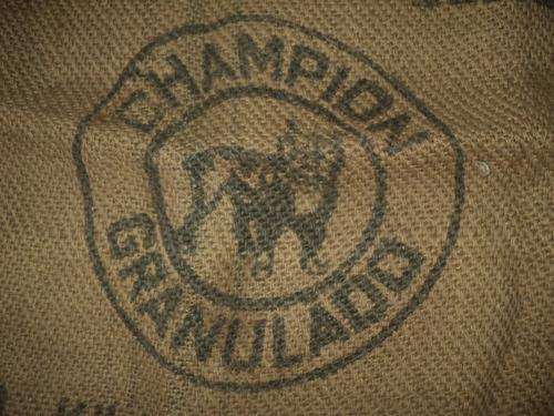 antiguo y original saco hecho con hilo de cáñamo natural