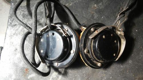 antiguos auriculares vaquelita