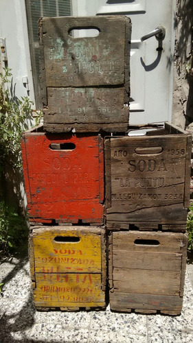 antiguos cajones de soda de madera