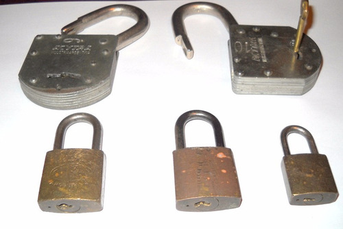 antiguos candados llave