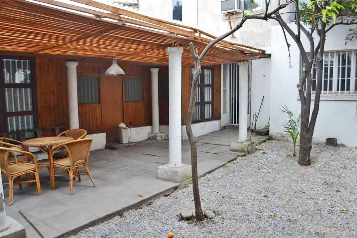 antonia lópez de bello / / patio bella vi