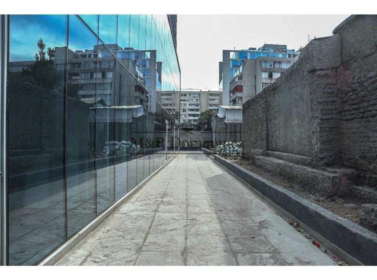 antonio bellet | local nuevo a pasos del metro | providencia