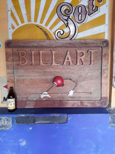 anuncio de billar en madera