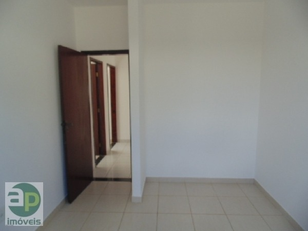 ap 02 quartos ótima localização aluguel