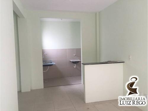 ap1646- apartamento em guaiúba, 2 quartos, 1 vaga, sem cond.