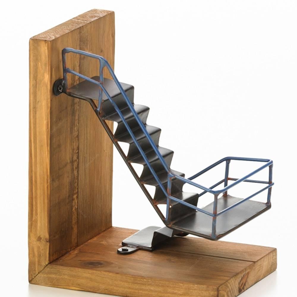 Artesanato Região Sul Do Brasil ~ Aparador De Livros Escada Em Ferro E Madeira Lyor